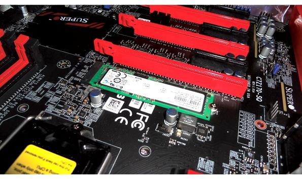 Micron's M.2 NVMe модуль с х4 PCI Express интерфейсом