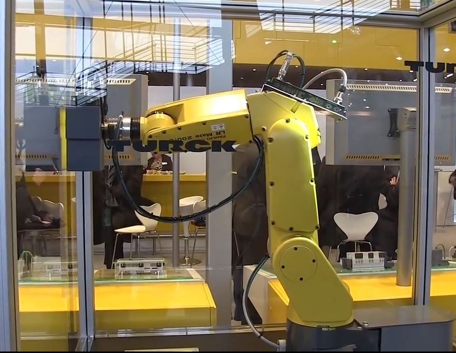 Современные роботизированные системы делают работу лучше и быстрее человека