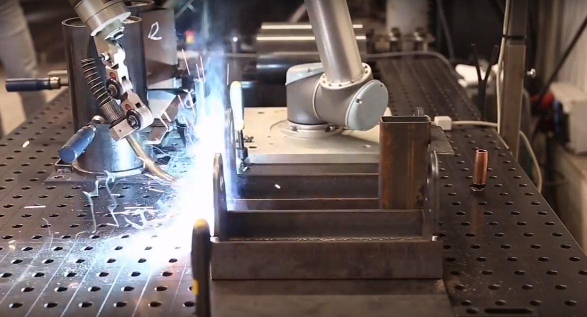 Несмотря на относительную новизну коллаборативные роботы не всегда лучше промышленных роботов