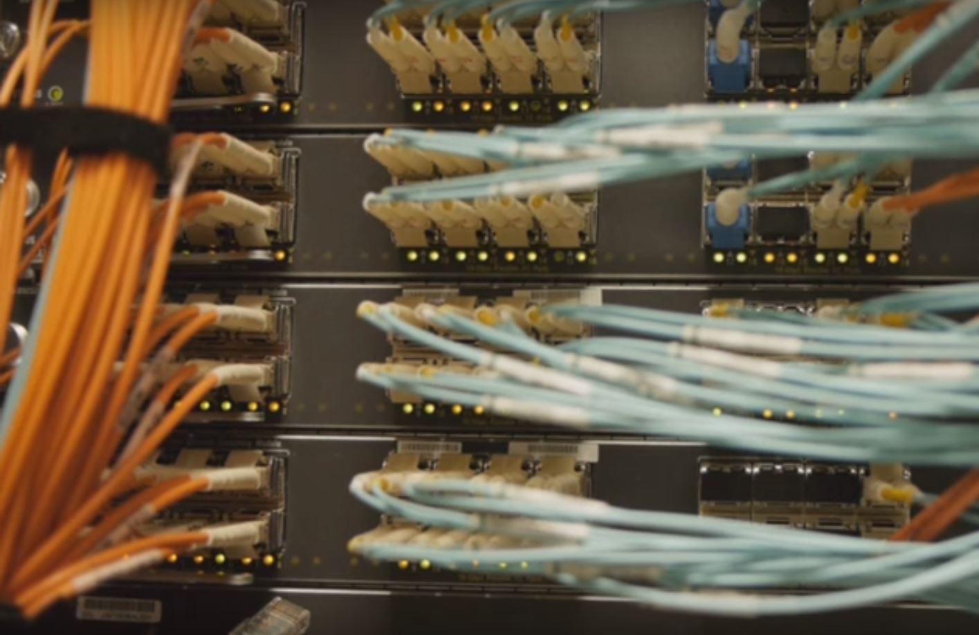 Внедрение фотоники позволит значительно повысит скорость передачи данных