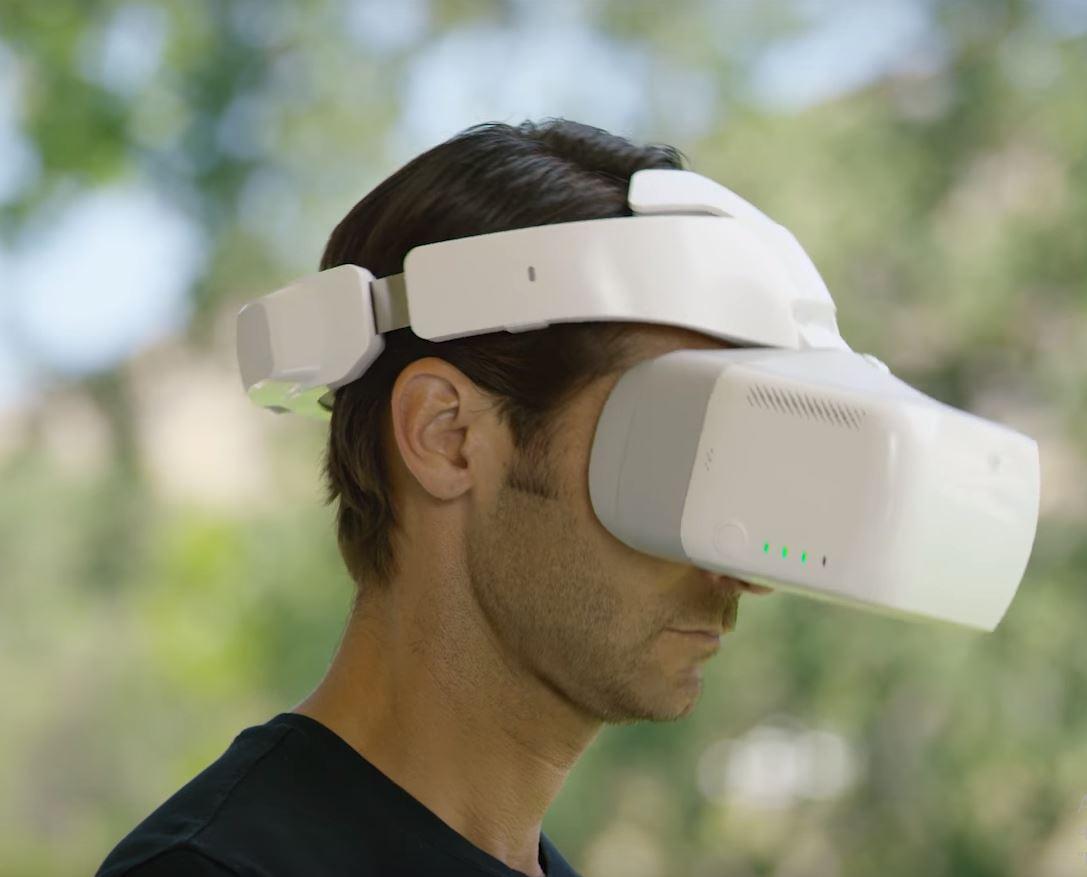 Использование очков виртальной реальности для управления камерой беспилотного аппарата БПЛА или же самим беспилотником