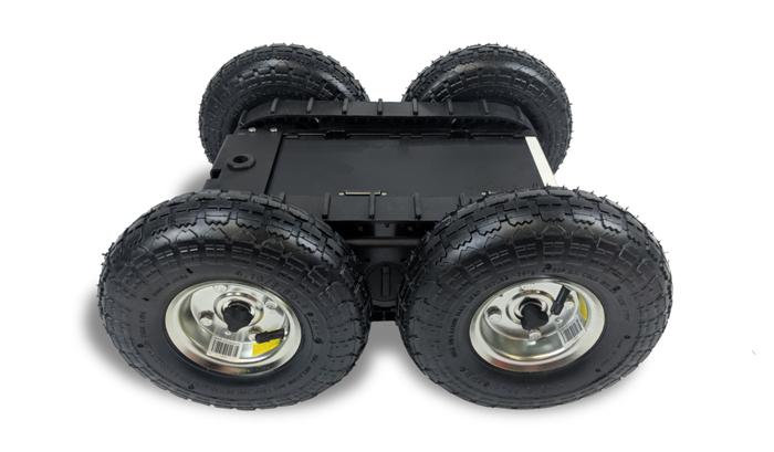 Этот полноприводный (4WD) ровер имеет большие шины, поэтому он может хорошо работать в помещении или на улице.  Следить за полосами движения или покрытиями, ограничивающими дорожный просвет, или шинами, которые могут соскользнуть на склонах  с большими нагрузками. Эта модель может развивать скорость до 8 миль в час и может проехать восемь миль без подзарядки.  Он может нести до 60 фунтов (меньше, чем у 2WD ровера, потому что его мини-погрузчик). Он полностью совместим с ROS. Данные кодировщика,  состояние заряда аккумулятора и температура двигателя доступны с помощью нашего драйвера ROS. Наконец, он настолько легок,  что работник может поднять его