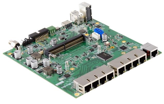 Ведущая плата AVerMedia предназначается для систем наблюдения с поддержкой камеры с питанием по Ethernet PoE