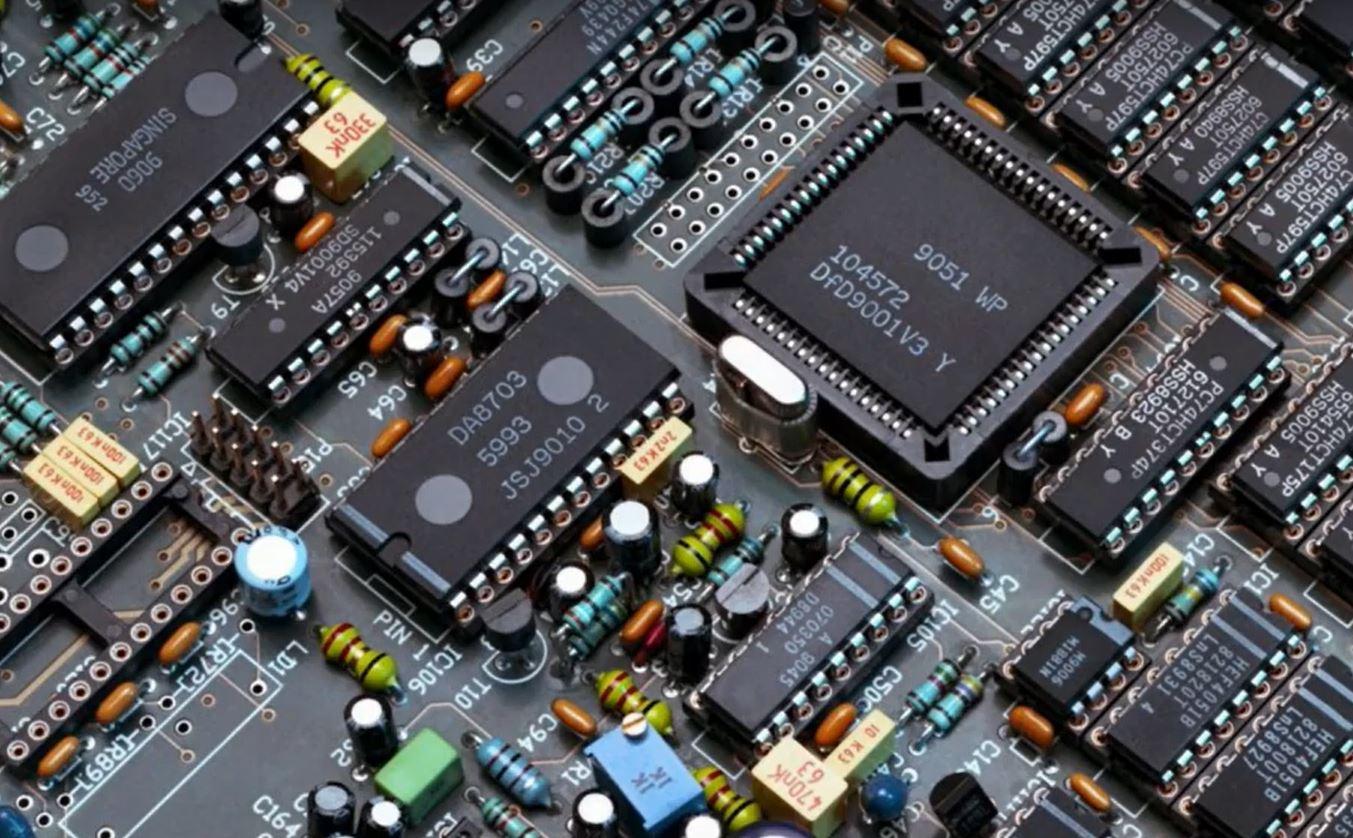 Microchip представляет твердотельные FPGA RISC-V