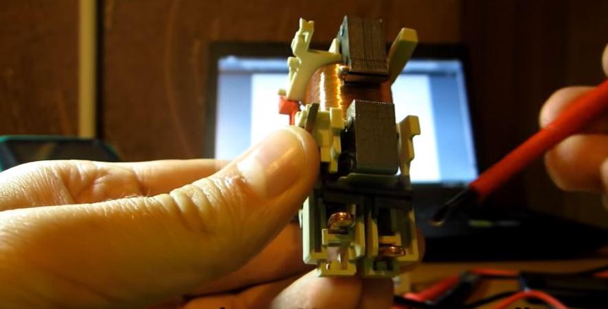 Силовые контакты контактора для коммутации силовых цепей