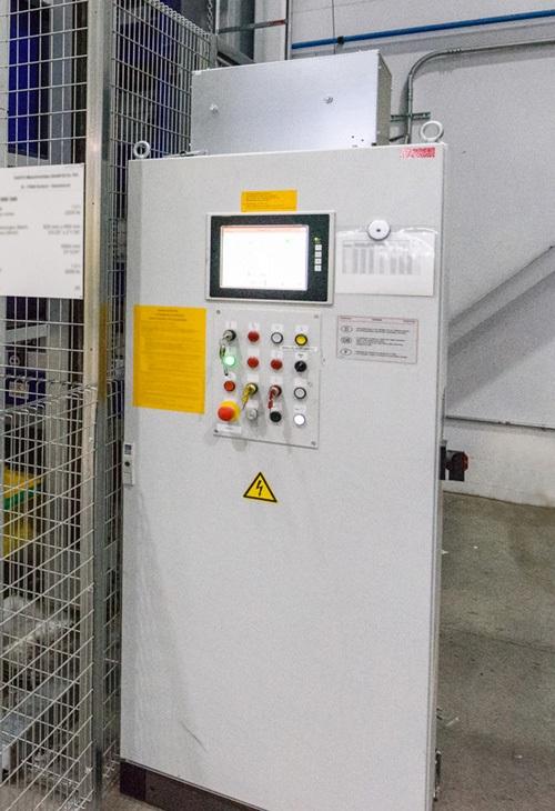 Правильно подобранные корпуса защищают автоматику и электрические компоненты внутри и защищают рабочих от опасностей